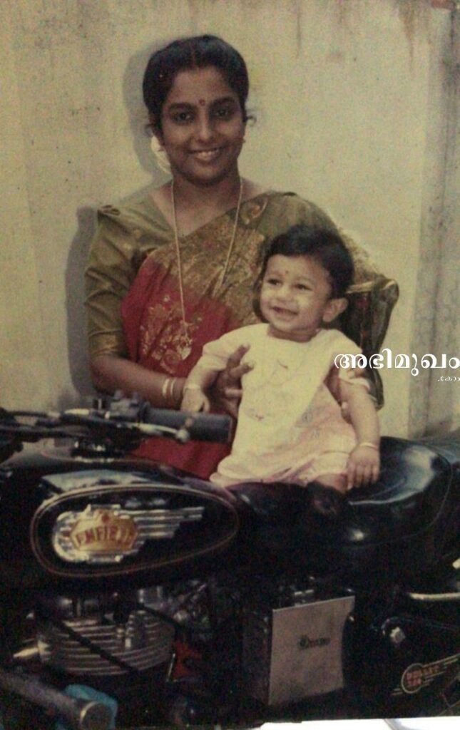 അക്ഷയ് ബാബു: ദി ഹിമാലയന് റൈഡര് 1